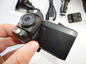 Videoregistratorius-HD-DVR-su-dviguba-kamera2